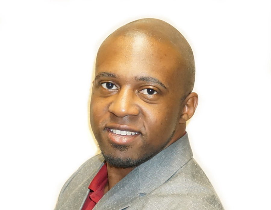 A headshot picture of Realtor Brandon Drayden